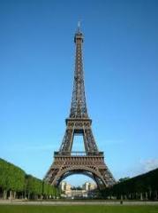 Discover London & Paris tour